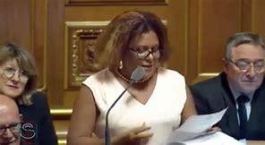 La Sénatrice Catherine Conconne dans Salon Privé..