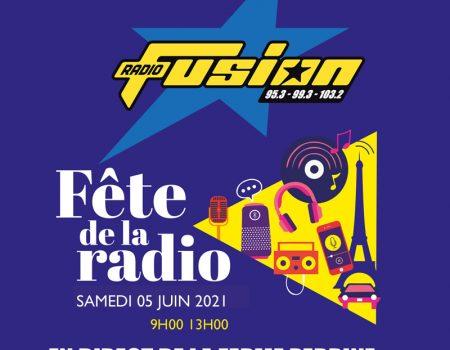 La radio fête son centenaire, la FM, ses quarante ans.